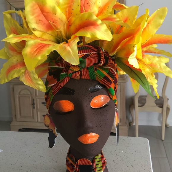 "Handmade Queen Planter ""Binta"""